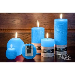 BARTEK CANDLES Svíčka rustikální  válec 7x9 cm - Modrá blankyt